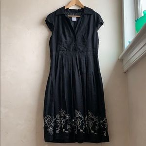 Vintage style linen dress with pleats